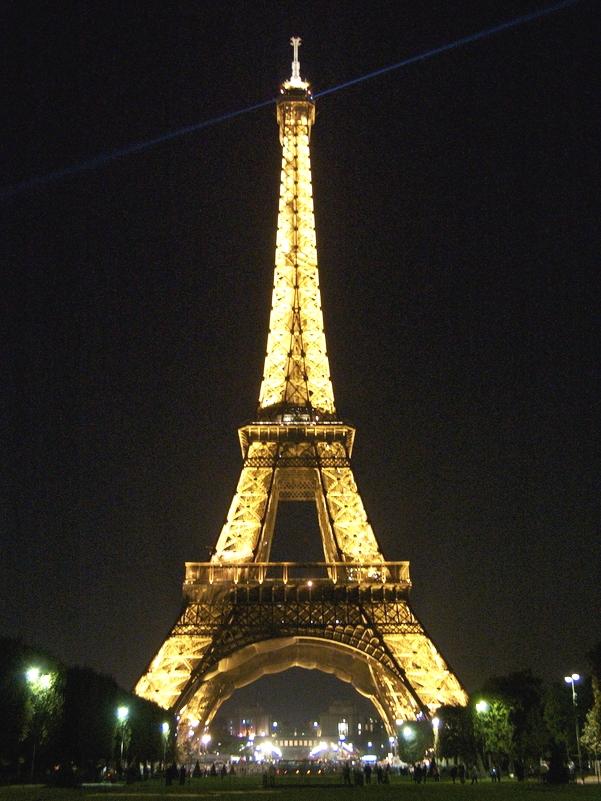 Parigi_TourEiffel_notte