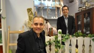 Mauro e Settimo nella loro boutique
