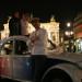 La città di notte con la Citroen 2CV di Paris Autenthic
