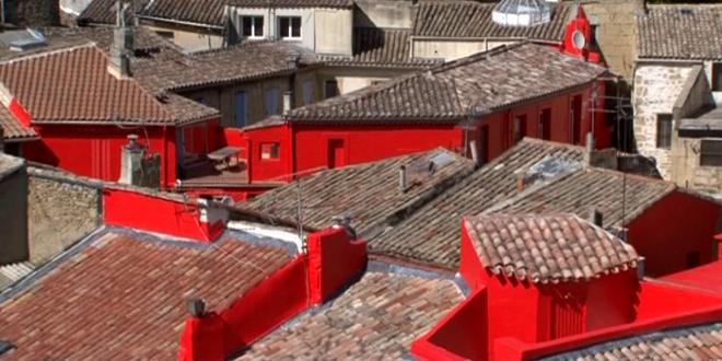 Provenza salon de provence vede rosso vogliadifrancia for Cinema salon de provence