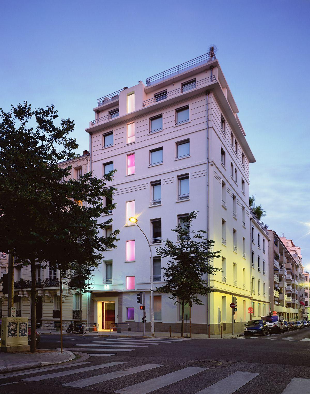 A nizza nell 39 hi hotel di matali crasset for Designhotel nizza